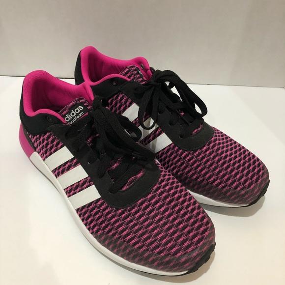 Adidas NEO Women's Cloudfoam Race sneaker size 9